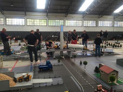 2016 hangar44 54