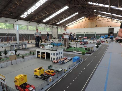 2016 hangar44 59