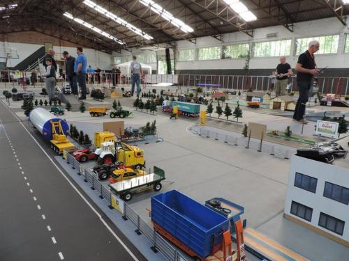 2016 hangar44 66